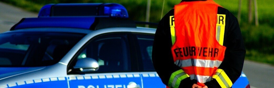 Verdacht Auf Co Vergiftung Zwei Jugendliche Schwer Verletzt In